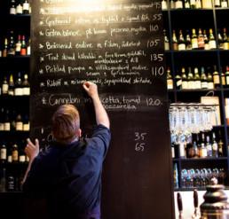 portal bar stockholm svart tavla meny